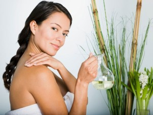 heal_your_skin_with_essential_oils